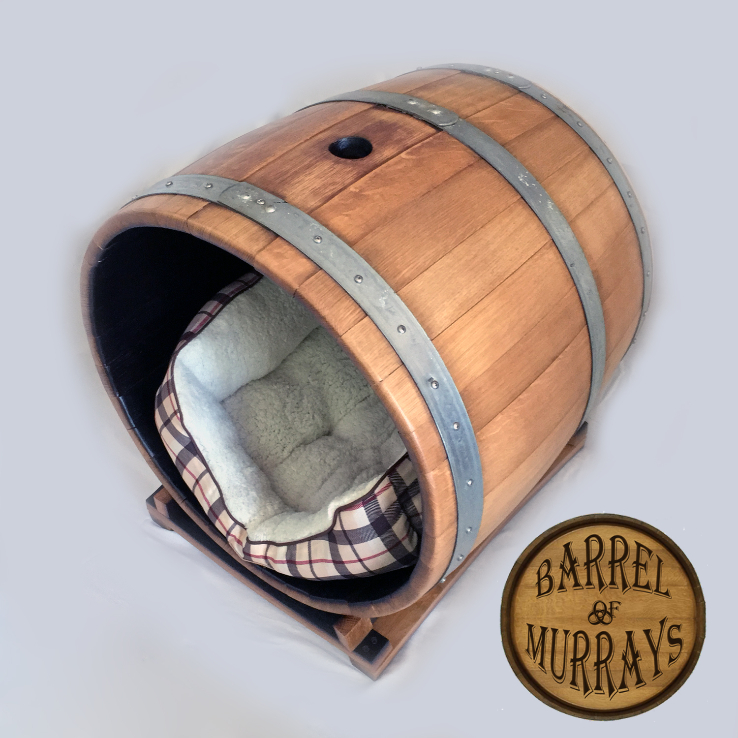 Lilly S Bed Full Barrel Beds Barrel Of Murrays
